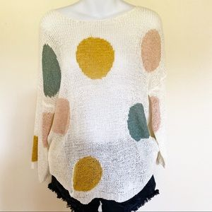 POLKA DOT CREME THIN KNIT PULLOVER TOP